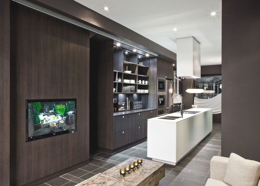 Contemporary-Apartment-Toronto-Canada-01