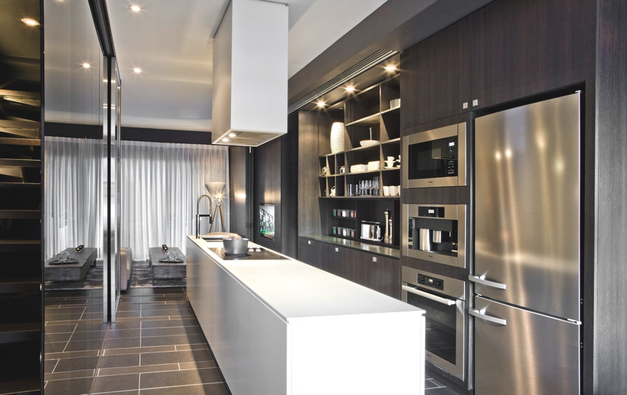 Contemporary-Apartment-Toronto-Canada-06