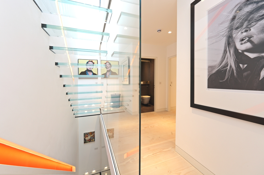 Contemporary-Property-London-00