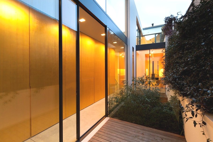 Contemporary-Property-London-England-00