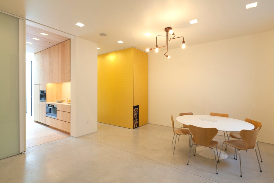 Contemporary-Property-London-England-02