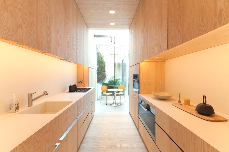 Contemporary-Property-London-England-03