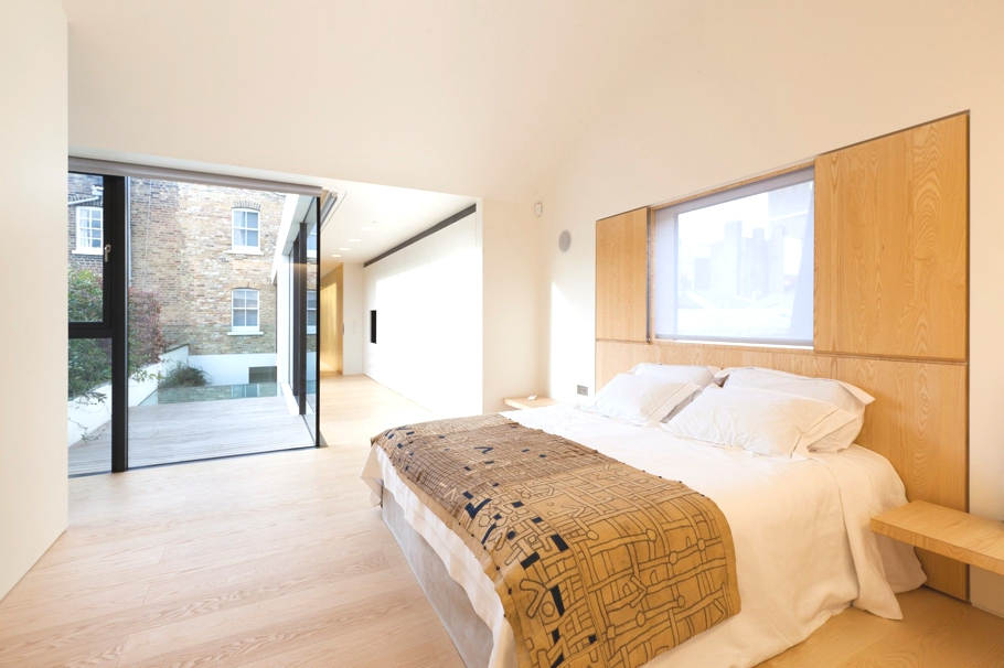 Contemporary-Property-London-England-07