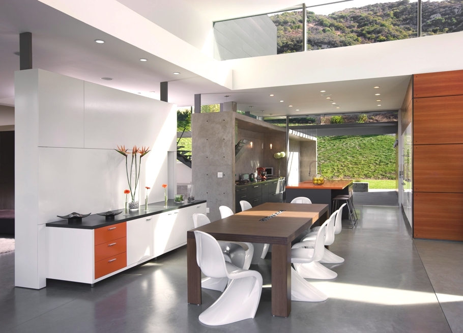 Contemporary-Property-Los-Angeles-California-06