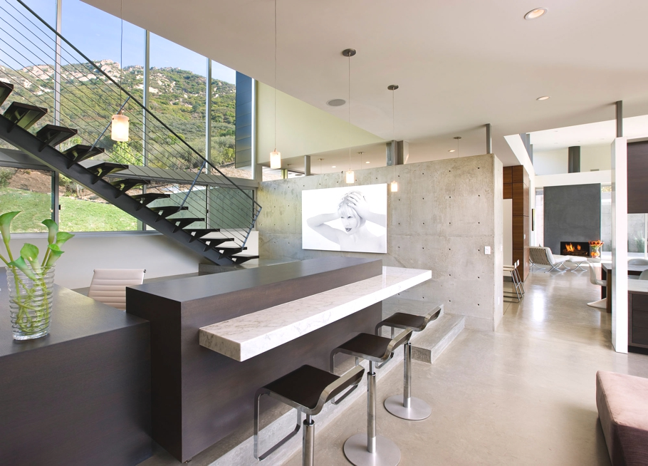 Contemporary-Property-Los-Angeles-California-10