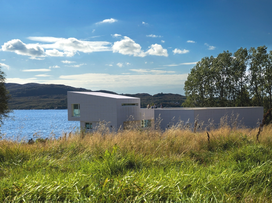 Contemporary-Property-Norway-09