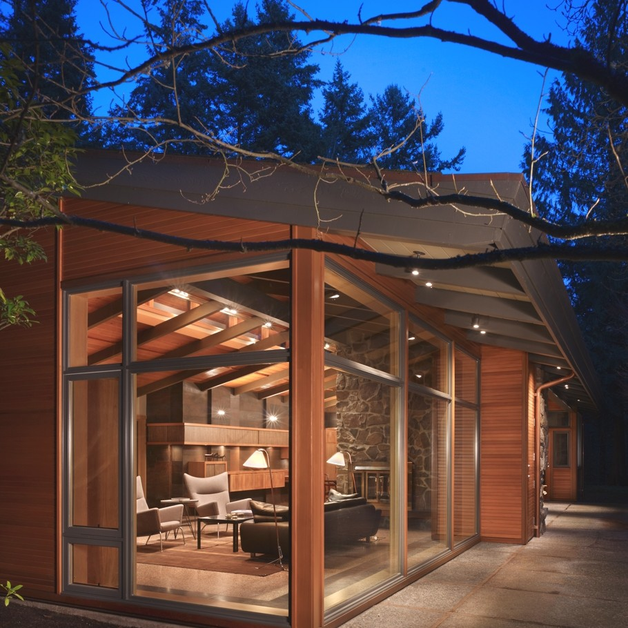 Contemporary-Property-Seattle-12