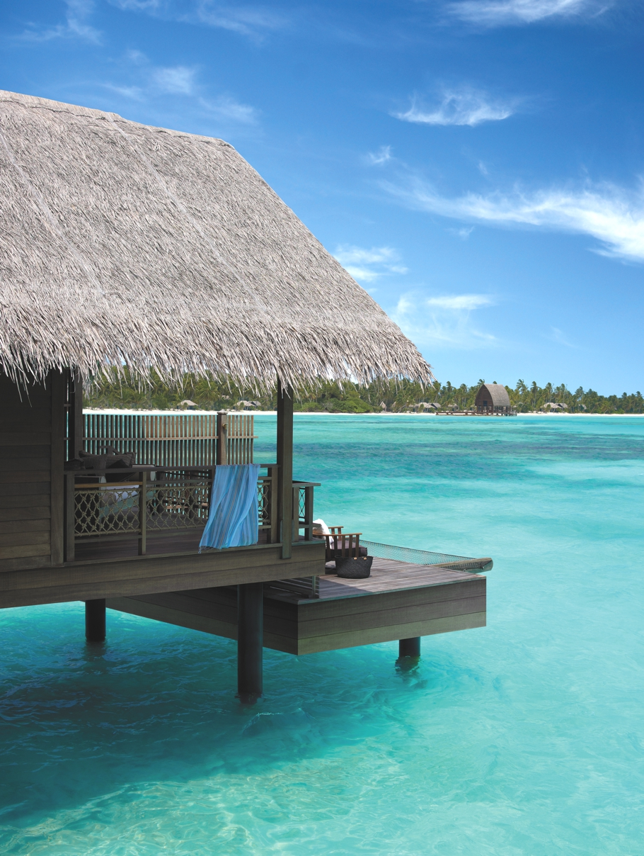 Luxury-Holiday-Resort-Maldives-06