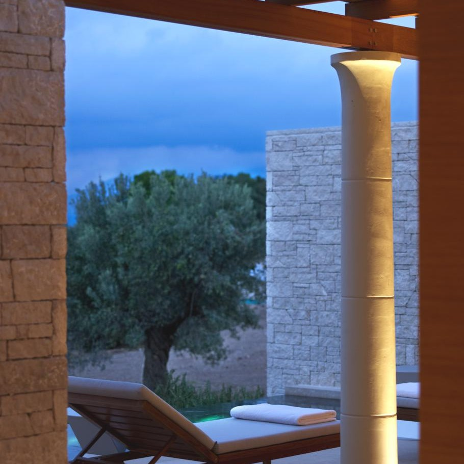 Luxury-Villas-Greece-01