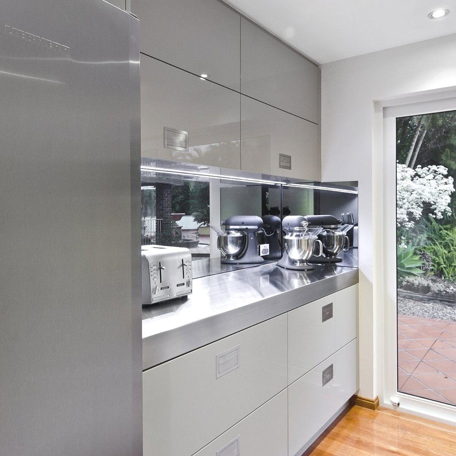 Contemporary-Interior-Design-Kitchen-Australia-07