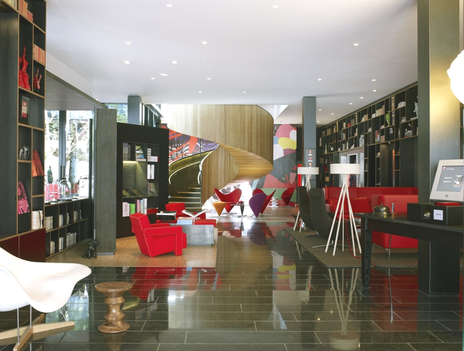 Contemporary-London-Hotel-05
