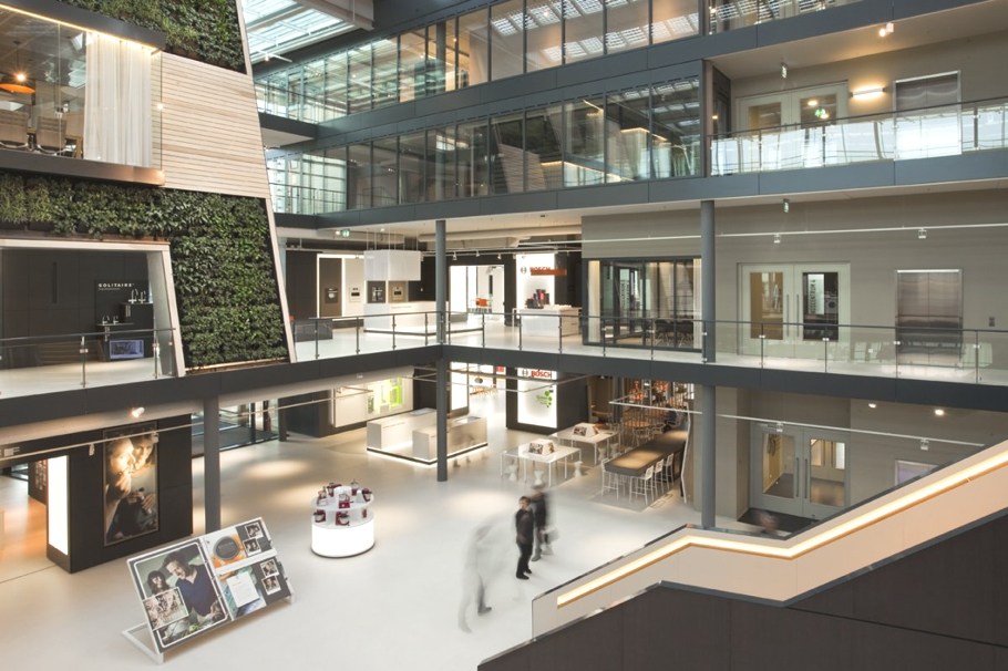 Contemporary-Office-Space-The-Netherlands-01