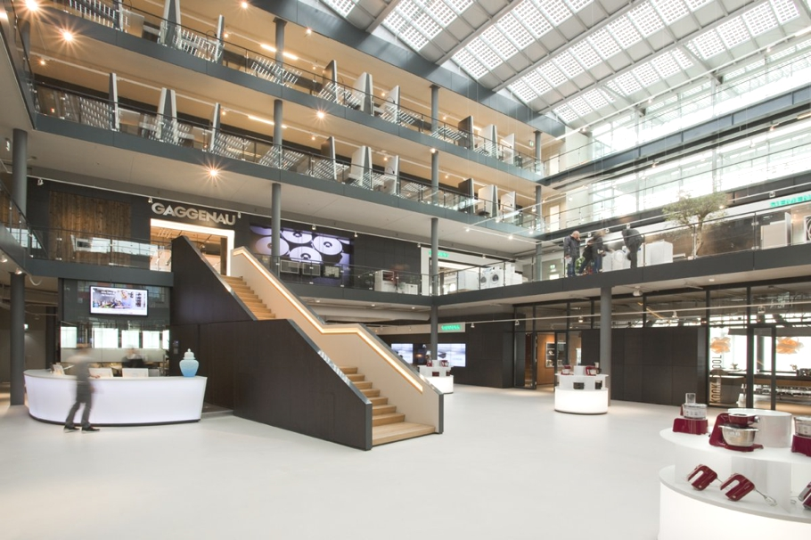Contemporary BSH Office The Netherlands Adelto