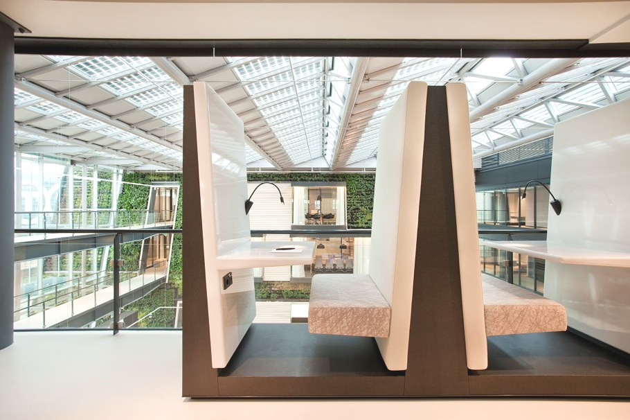Contemporary-Office-Space-The-Netherlands-10