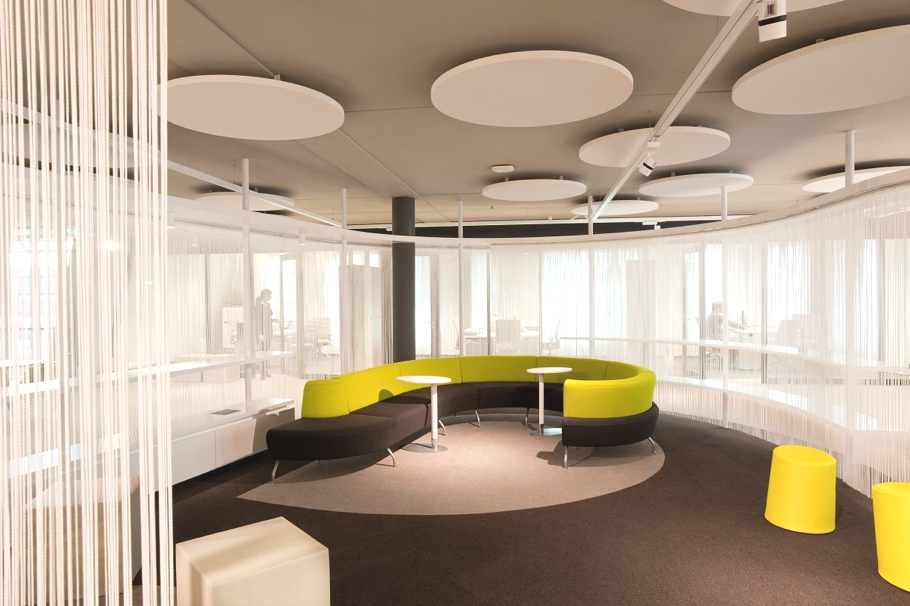Contemporary-Office-Space-The-Netherlands-11