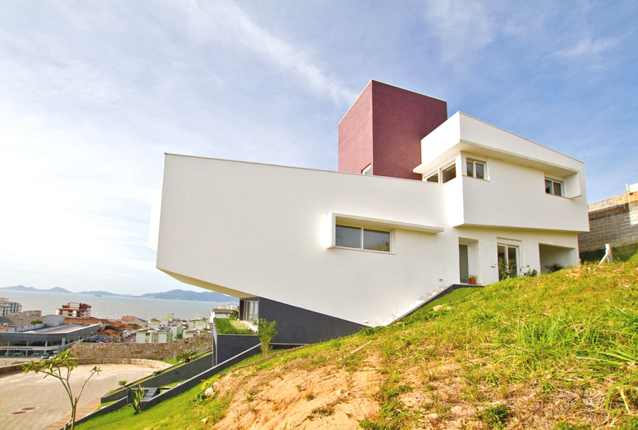 Contemporary-Property-Brazil-03