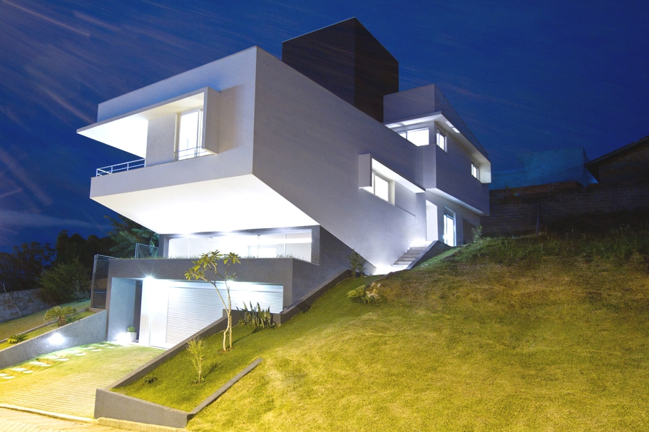Contemporary-Property-Brazil-06