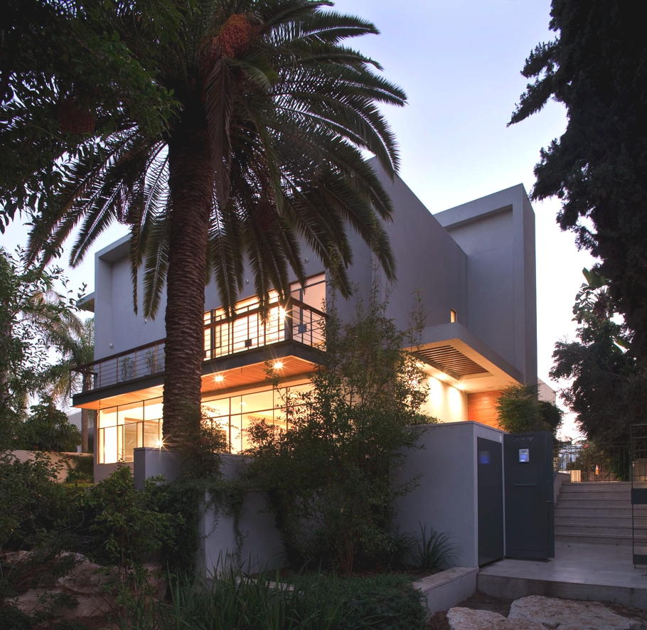 Contemporary-Property-Israel-00