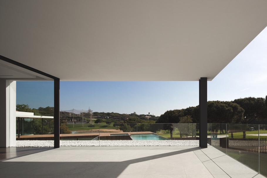 Contemporary-Property-Portugal-10