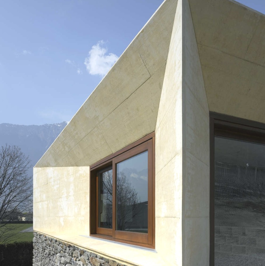 Contemporary-Property-Switzerland-08
