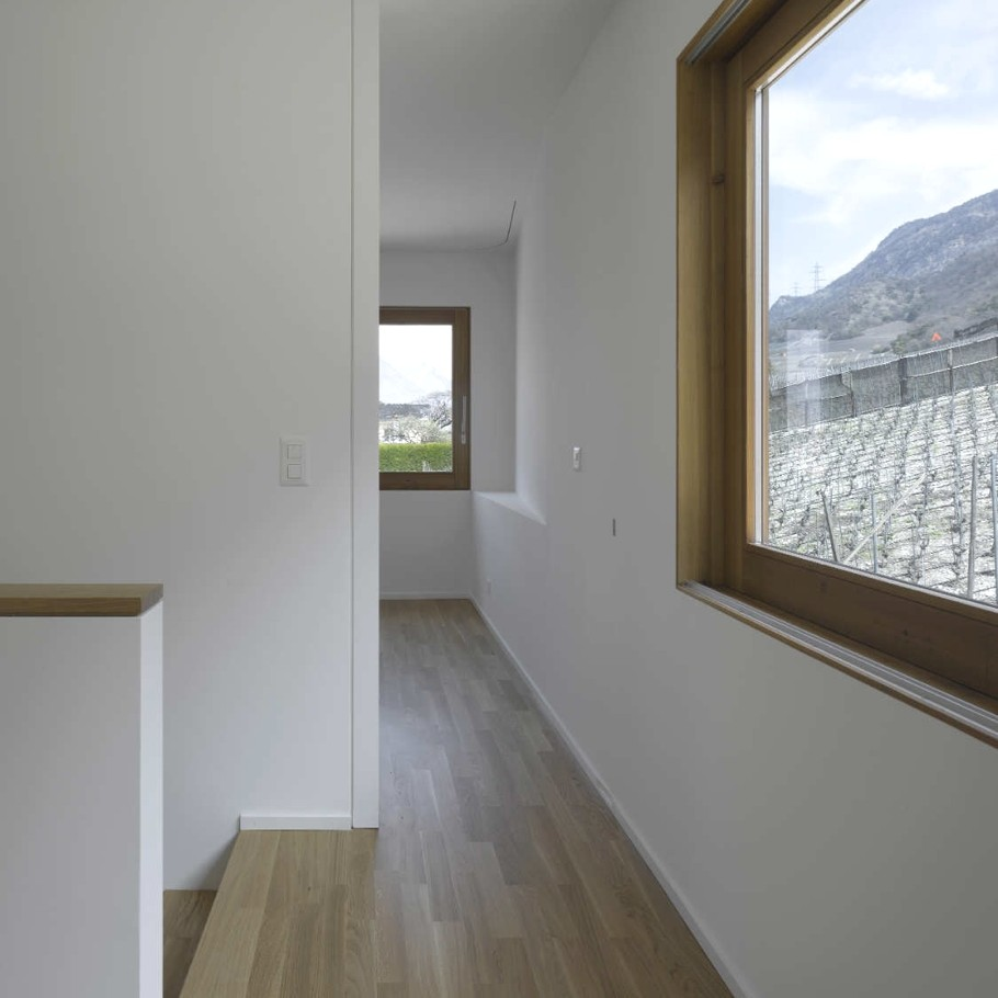 Contemporary-Property-Switzerland-15