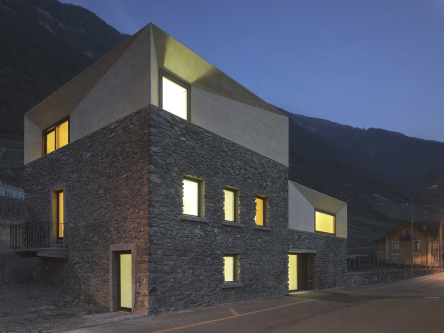 Contemporary-Property-Switzerland-17