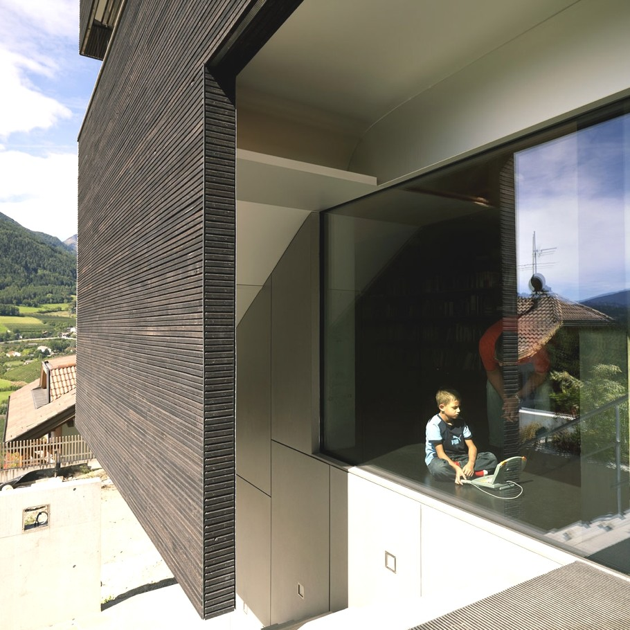 Contemporary-property-Italy-08