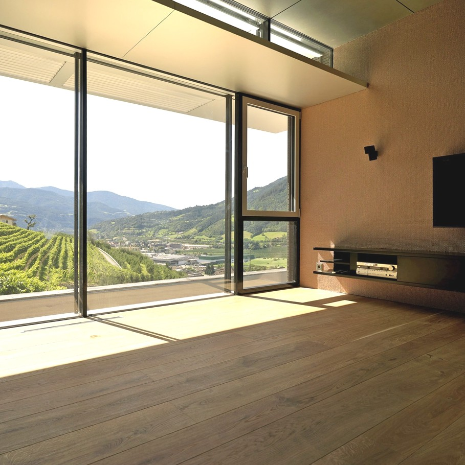 Contemporary-property-Italy-15