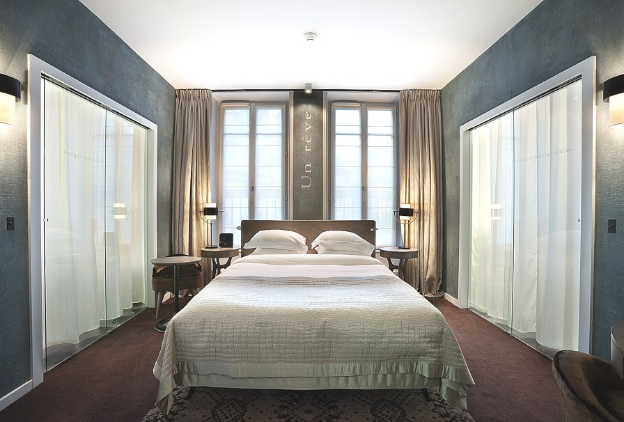 Luxury-Hotel-Paris-01
