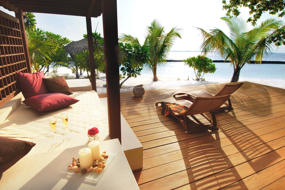 Luxury-Resort-Maldives-10