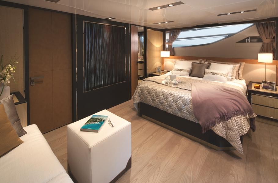 Luxury-Yacht-Charter-07