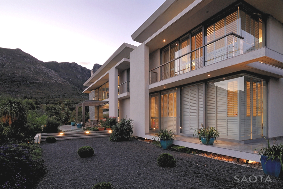 Contemporary-Property-Cape-Town-South-Africa-04