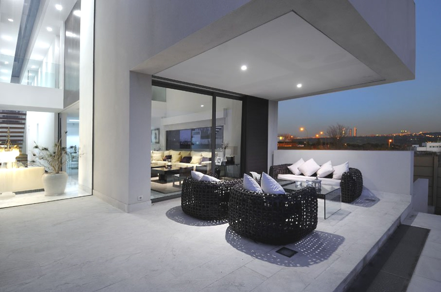Contemporary-Property-Madrid-Spain-10