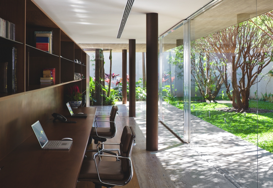 Contemporary-Property-Sao-Paulo-Brazil-13