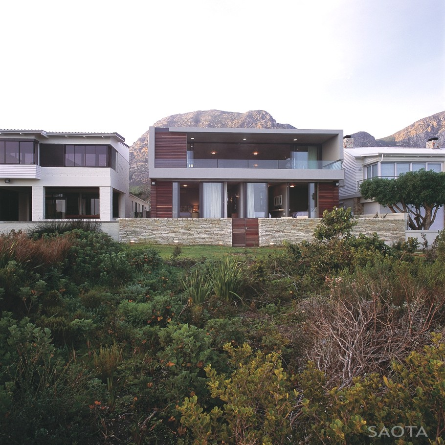 Contemporary-Property-South-Africa-00