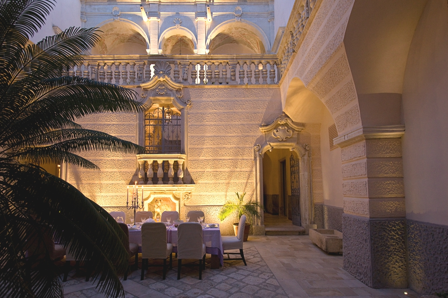 Luxury-Holiday-Villa-Italy-05