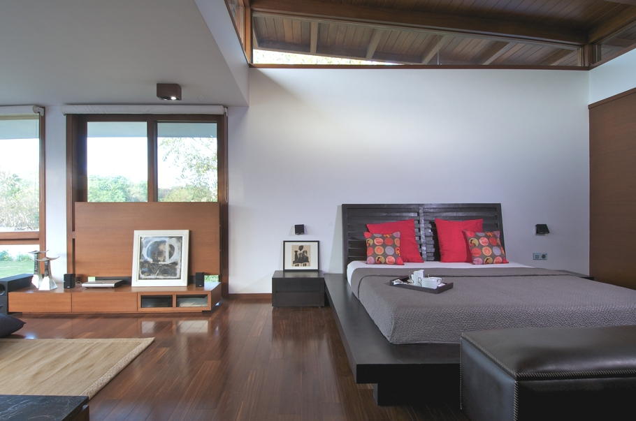 Contemporary-Interior-Design-Property-Gujrat-India-01