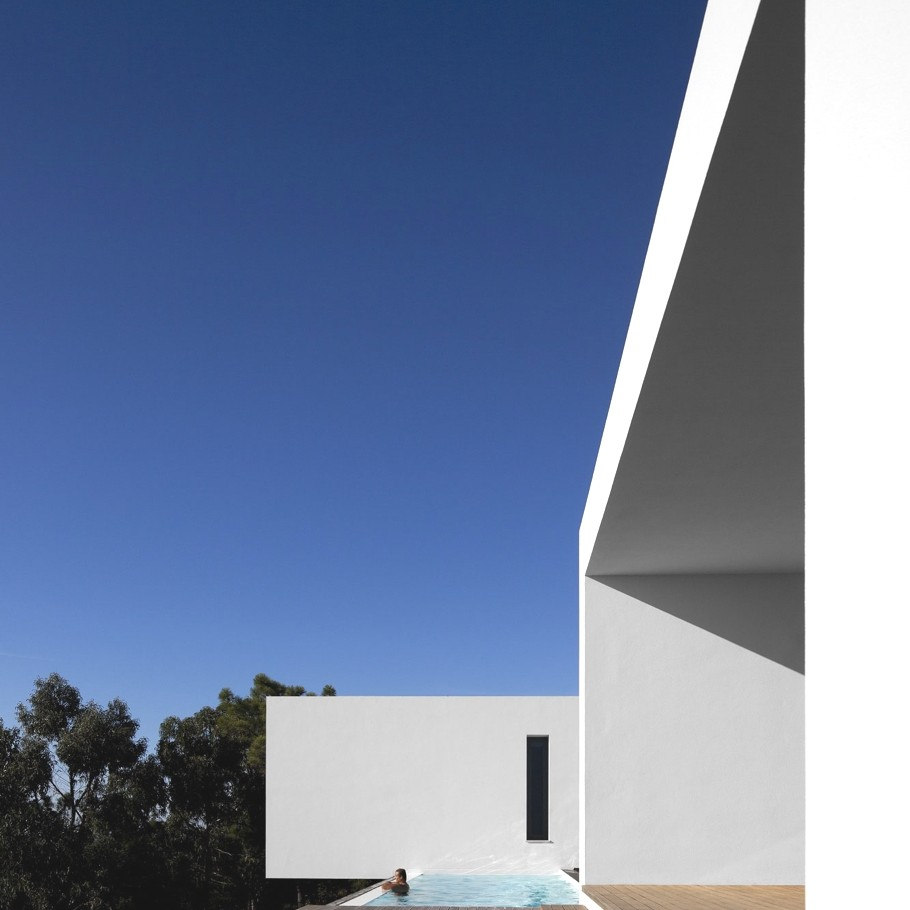 Contemporary-Property-Design-Portugal-04