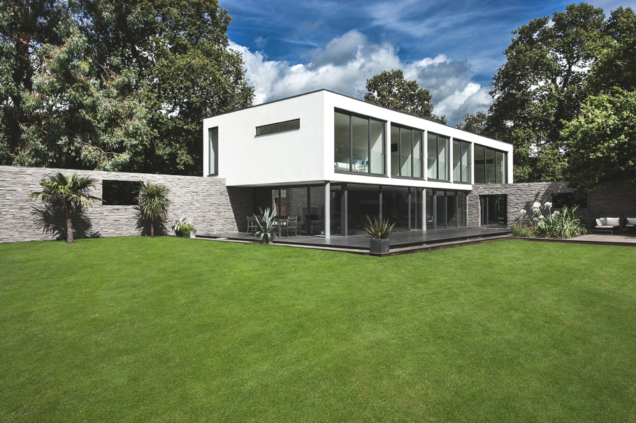 Contemporary-Property-Southampton-England-01