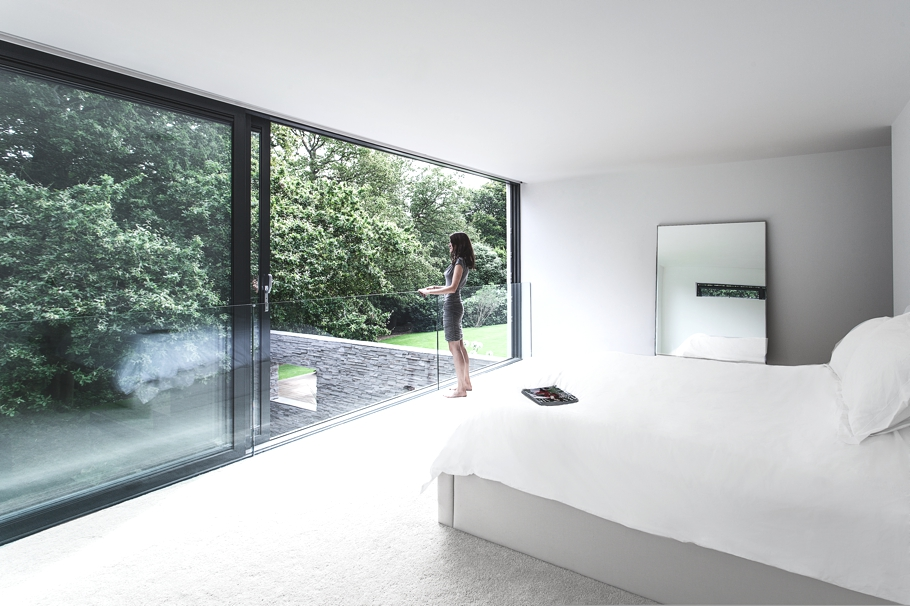 Contemporary-Property-Southampton-England-04