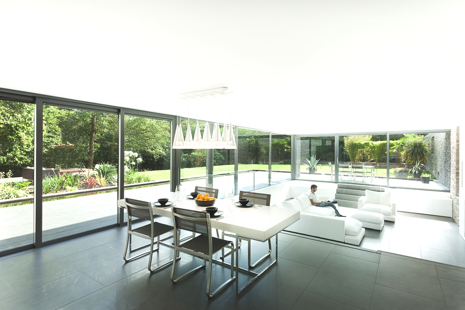 Contemporary-Property-Southampton-England-09