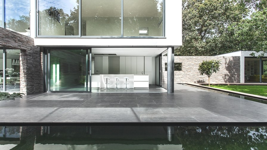 Contemporary-Property-Southampton-England-18