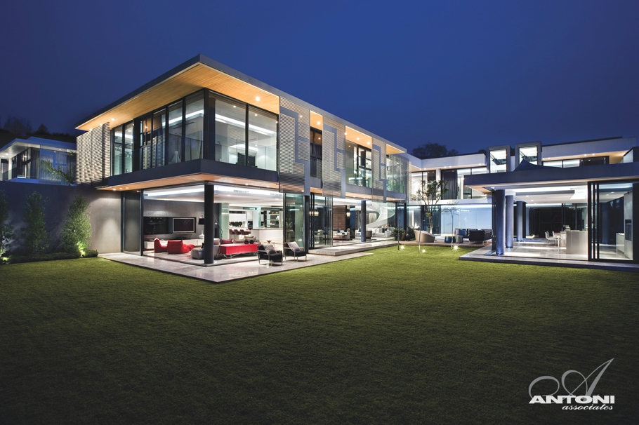 Luxury-Property-Johannesburg-South-Africa-01