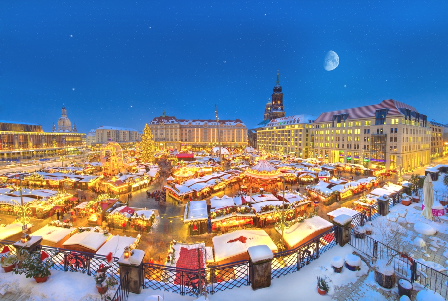 travel picks top 10 european christmas markets adelto adelto. Black Bedroom Furniture Sets. Home Design Ideas