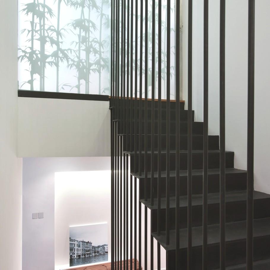Contemporary-Home-Design-Singapore-13