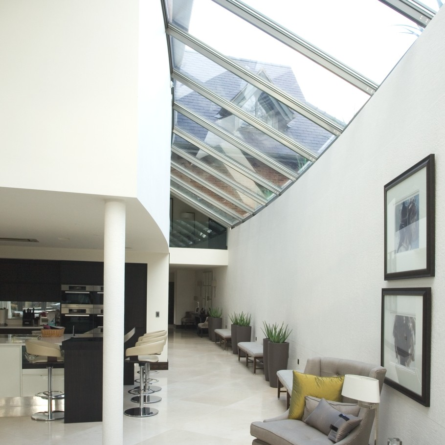 Contemporary-Interior-Design-England-01