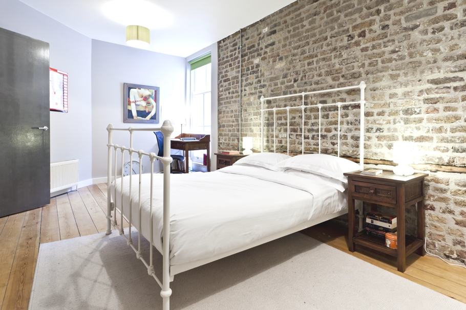 Luxury apartment and 39 unhotel 39 in shoreditch london for Contemporary interior designers london