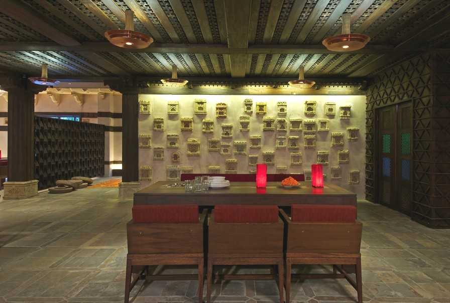 Contemporary-Restaurant-Design-India-10