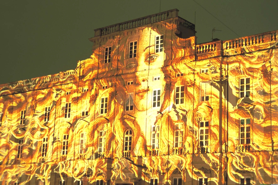 Festival-Of-Lights-Lyon-France-00