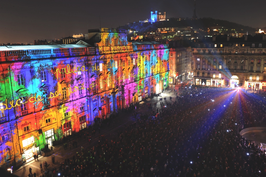 Let There Be Light Festival Of Lights Lyon Adelto Adelto & Lyons Lighting - Democraciaejustica